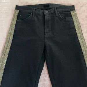 Mother jeans size 28 never worn